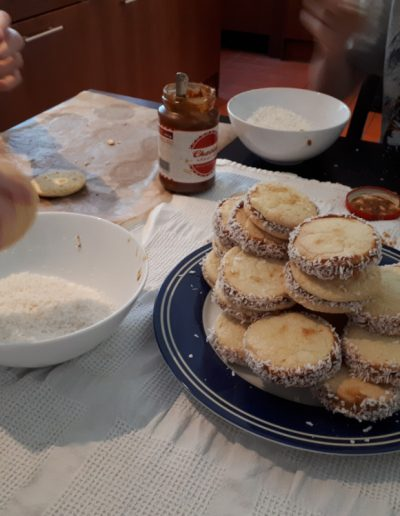 Making Alfajores